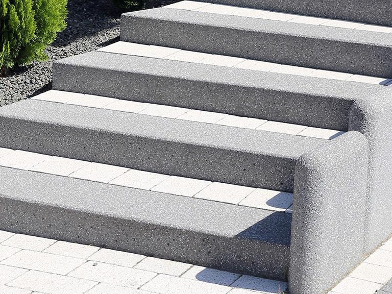 kamienne stopnie blokowe
